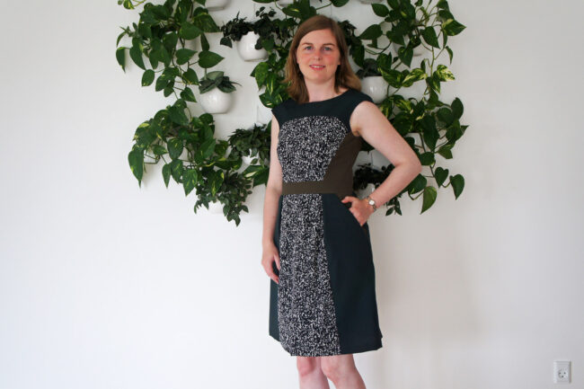 Grøn color block kjole