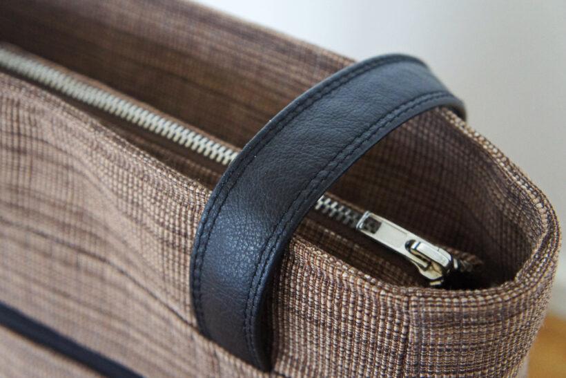 Brun skuldertaske med læder