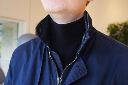 Praktisk halsedisse med velcro