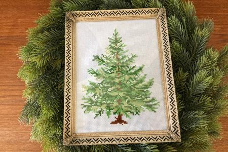 Broderet juletræ