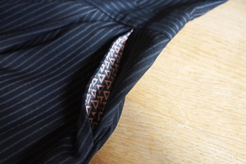 Belladone kjole i stribet sort