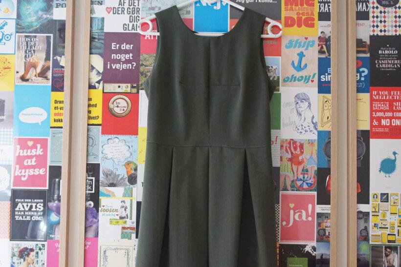 Armygrøn kjole
