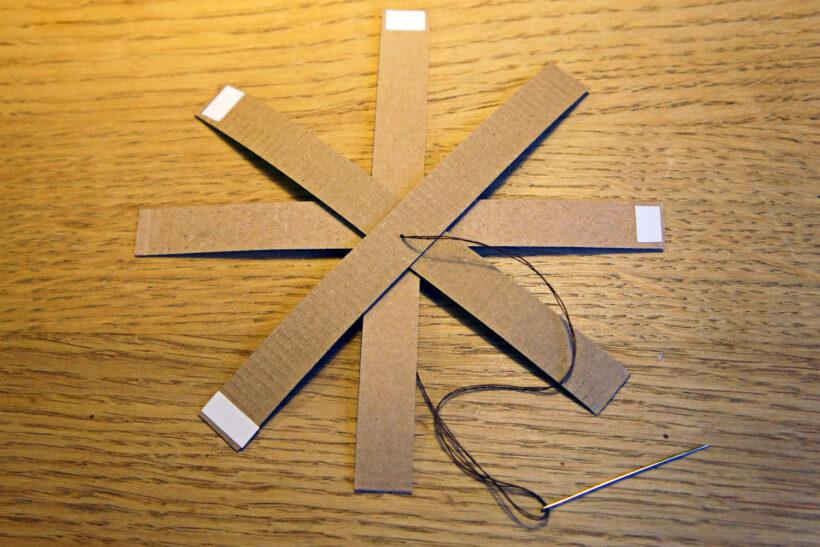 Forårspynt af papirstrimler